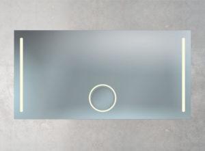 beleuchteter Kosmetikspiegel mit Heizung
