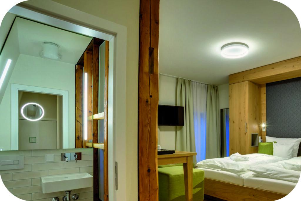 Spiegel Hotel Schlettau