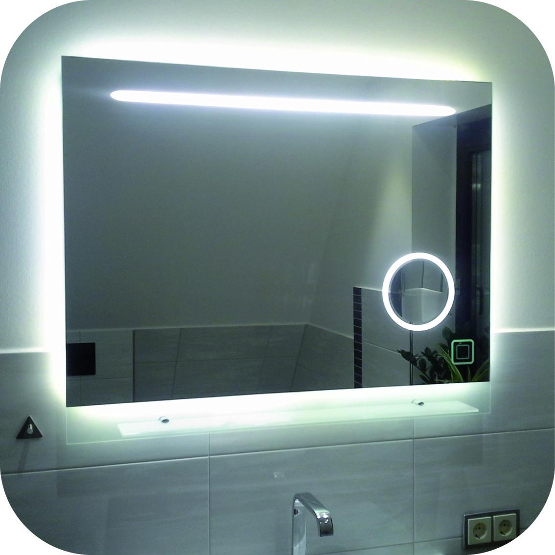 Badezimmerspiegel mit Ablage